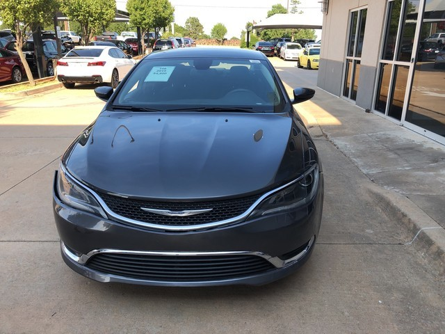 Pre-Owned 2015 Chrysler 200 Limited | SOUTH POINTE DODGE |