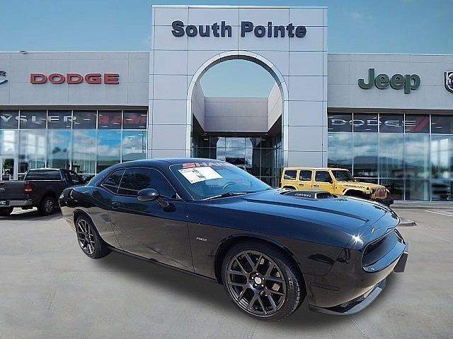 Certified Pre-Owned 2016 Dodge Challenger R/T Plus Shaker | LEATHER | HEMI | BACKUP CAMERA | SOUTH POINTE CJD