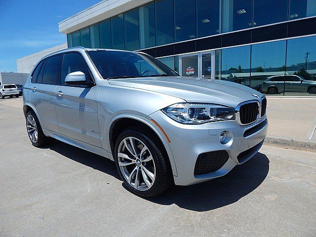 Pre-Owned 2017 BMW X5 xDrive35i**HEATED FRONT AND REAR SEATS AND MUCH MORE!**