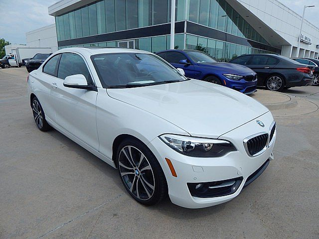 Pre-Owned 2017 BMW 2 Series 230i xDrive**SPORT LINE WITH NAVIGATION HEATED SEATS AND MORE!**