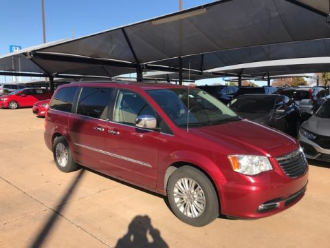Pre-Owned 2013 Chrysler Town & Country Touring-L | BH Honda | 405-753-8700